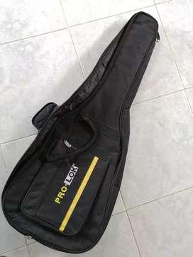 Forro estuche prolok para cualquier tipo de guitarra clasica electro o eléctrica excelente estado