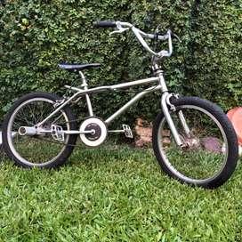 Bicicleta Cromada Bmx R20
