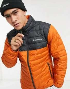 Vendo casaca columbia powder lite nueva original tallas S como M presio oferta interesados llamar