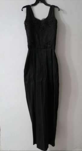 Vestido negro largo niña adolescente