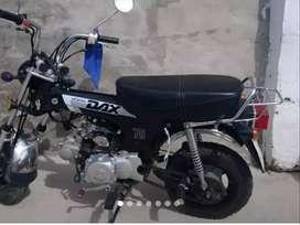 VENDO MOTO DAX 70