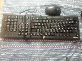 Teclado Compac y mouse