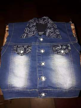 Chalequito de Jean Baby  ( MICKEY) Talle 1