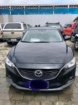 Vendo vehiculo Mazda 6. $ 27000 . Excelente estado.