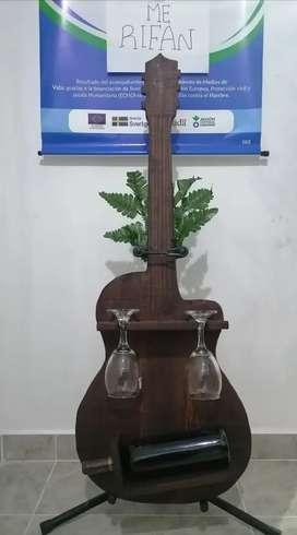 Vinero Forma de Guitarra