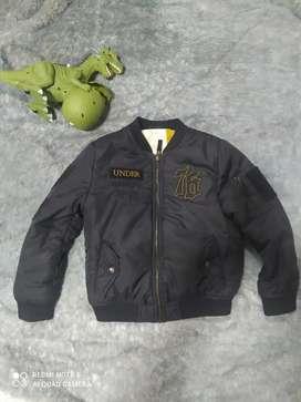 chaqueta original para niño