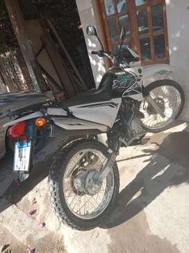 Vendo XTZ 125cc (recibo motos menor valor)