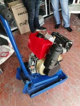 Vendo rana compactadora diésel y motor weg de 5 hp monofasico a 220