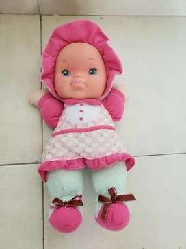 Muñeca de felpa