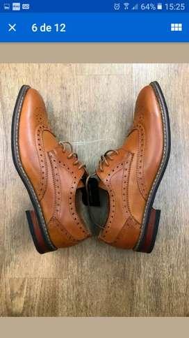 Zapatos Oxford totalmente nuevos