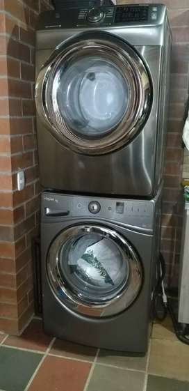 Lavadora y secadora a gas como nuevas