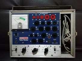 Probador de tubos o válvulas de vacío