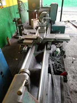 Tornos y Maquinaria taller industrial