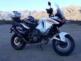 Vendo KTM 1290 T pmto por inmueble