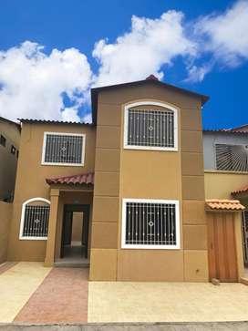 Casa en Venta en La Joya Etapa Zafiro