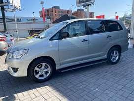 Toyota, Innova (2700 CC) - Van en Ambato, año 2015