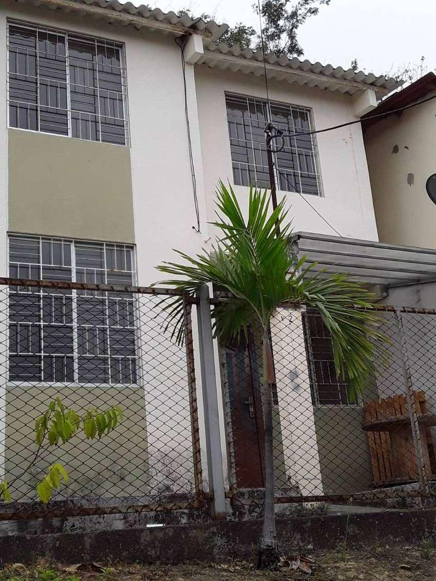 SE ALQUILA EN CIUDAD DEL RIO 1 0