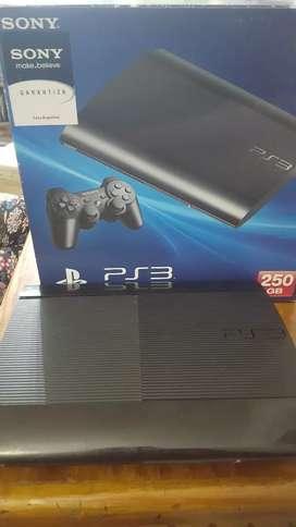PlayStation 3 poco uso. 250 gb 5 juegos