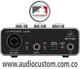 Interfaz de Audio UM2 Berhinger