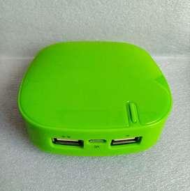 Cargador portáble power bank. Bateria externa