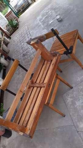 Vendo banco y silla de madera excelente estado