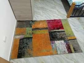 Vendo tocador y alfombras