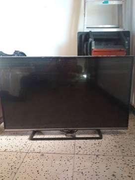 Se venden televisores samsung y panasonic de 43 pulgadas para repuesto