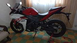 Yamaha R3 COMO NUEVA,POCO USO.
