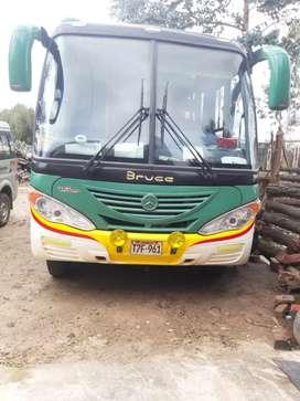 Se vende minibus Mercedez benz Lo 915