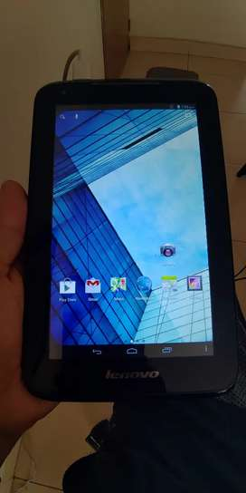 "Tablet Lenovo de 8"" buen estado"