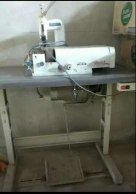 Maquina para zapatería