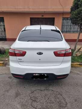 Kia Rio Blanco