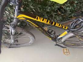 Vendo bicicleta semiprofesional de aluminio