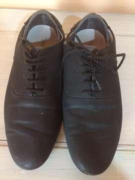 Zapatillas formales zara
