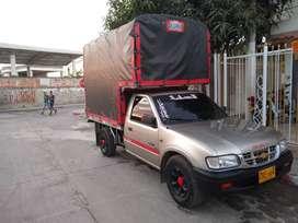 Camioneta Chevrolet luv 2300 modelo 2002 cómo nueva