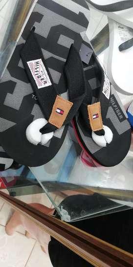 Disel Brooklin Adidas Nike Lacos Calvin Klein Pecheche Philiplein En Lonas Gorras Camisetas Camisas Mochos Pantalon