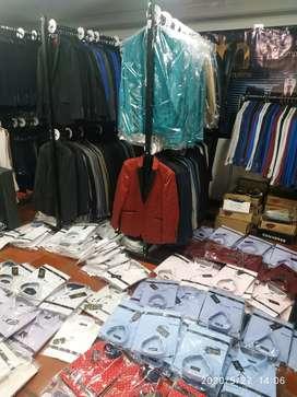 Se solicitan Operarios/as , en confección ropa trajes caballero