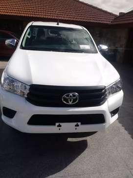 Toyota hilux dx 2.4 pack 4x2 okm