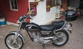 honda V-men 125 cc.
