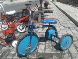 Antiguo Triciclo Metalico Lanper Juguete