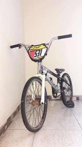 BICICLETA BICICROSS GT