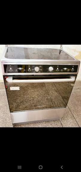 Cocina Inducción Marca Electrolux de 4 Ornillas