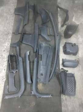 Plásticos de interior de Peugeot 406, de zócalos.