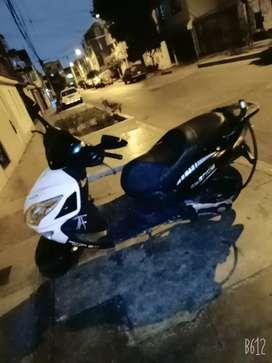 Motos Scooter Ssenda matrix 150