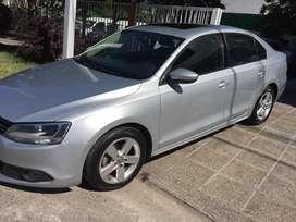 Volkswagen Vento 2.5 Luxury 2012