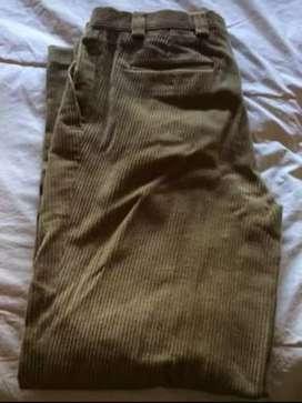 Pantalon New Man 42
