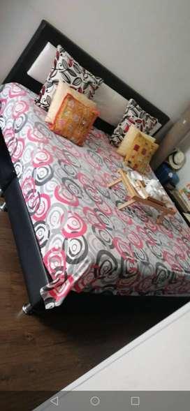 Cama 2*2+colchón semiortopedico
