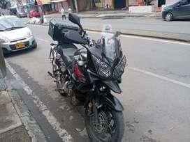 Vendo o permuto Suzuki Vstrom 1000 2008
