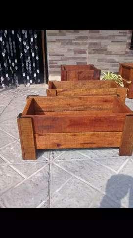 Macetas de madera