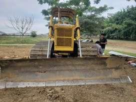 Alquilo tractor zapaton komatsu 50p-17